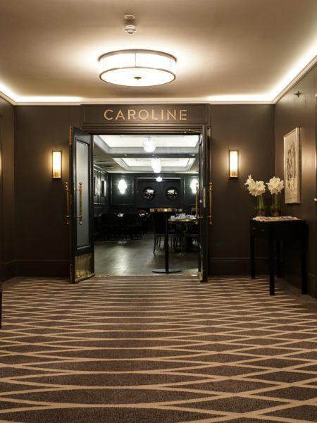 Caroline, Hotel Continental